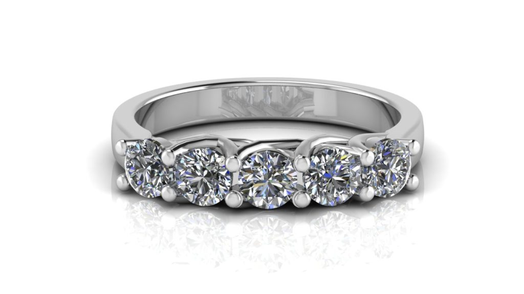 White gold ladies share claw ring featuring five diamonds