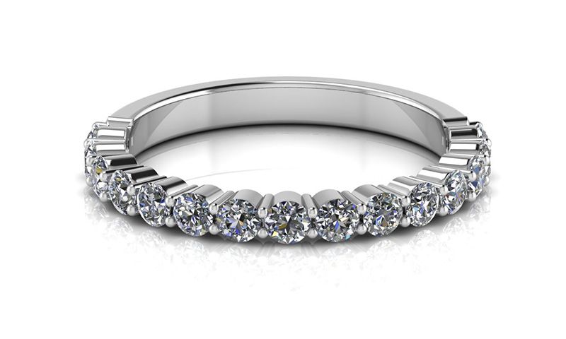 Share claw diamond band white gold